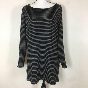 J.Jill Long Sleeve Black & Grey Knit Tunic. Large